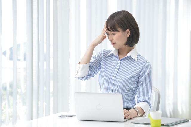 人前で話すときに神経を落ち着かせるには何をすべきか