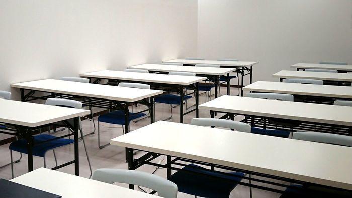 座学室では皆さまと一緒に訓練をしていきます。
