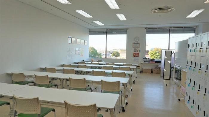 大きな窓もあり、明るく、開放感のある訓練室です!