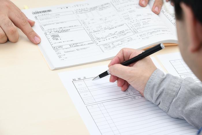 利用者に合った求人を探します。応募書類もきめ細やかに行動します。