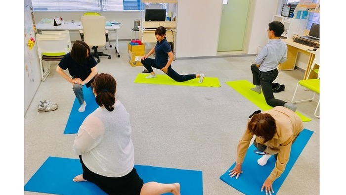 リハビリ専門職による体調管理プログラムを実施しています。